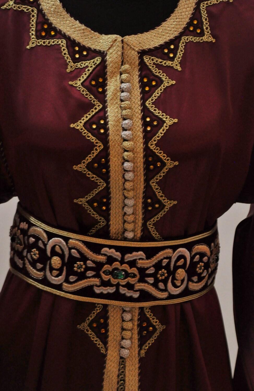 Burgundi bordeaux royal mariage maxi robe caftan par for Robe maxi bordeaux pour mariage