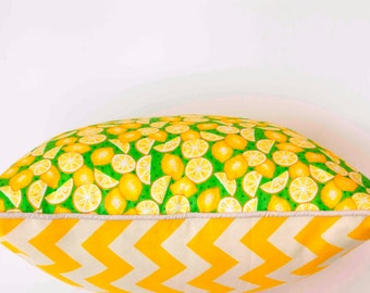 SALE! Fresh lemon print with chevron contrast and natural piping - 45 x 45 cm cushion cover.