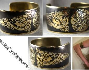 Brass Bracelet Celtic ornaments Celtic Wolves