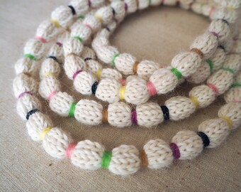 Cream wool-blend knitted necklace