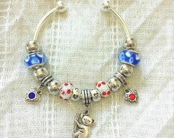 Koala Charm Rhinestone Heart Lampwork Glass Beads Silver Plated Bangle Bracelet 7.5 Inches
