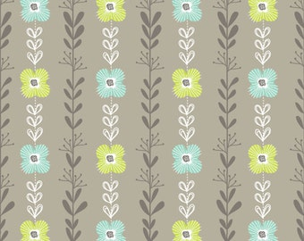 Floral Cotton Fabric. Quilting Fabric, 100% Cotton - Fat Quarter