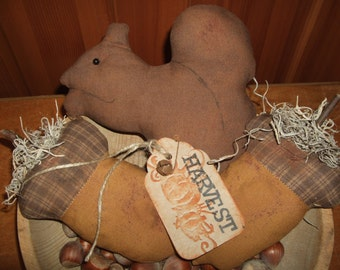 Primitive Grungy Squirrels & Acorns Homespun Folk Art Tucks Bowl Fillers OFG HAFAIR Teams
