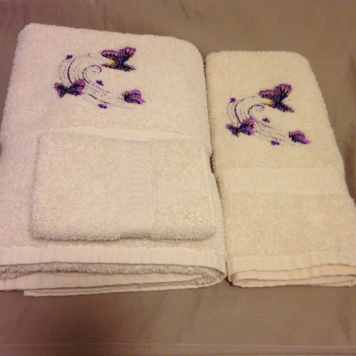 Embroidered Bath Towel Set Butterfly Design Spring Decor