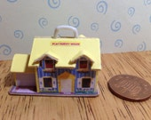 Hand made Dolls house Miniature replica vintage fisher price play family house 112 scale