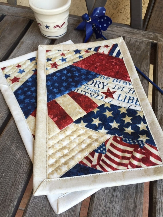 one patriotic mug rug in red white and blue patriotic. Black Bedroom Furniture Sets. Home Design Ideas