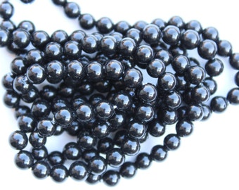 Black South Sea Shell Round Smooth Beads, 16 Inch Strand, 4mm, I-005