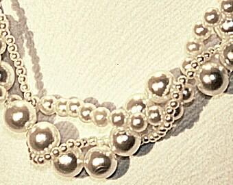 Sumptuous Pearl Twist Necklace ~~~~~~ Item ID: M000077