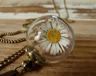 Daisy Necklace Bronze
