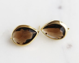 N3-805-G-SM] Smoky Quartz Teardrop / 11 x 15mm / Gold Plated / Glass Post Earring / 2 piece(s)