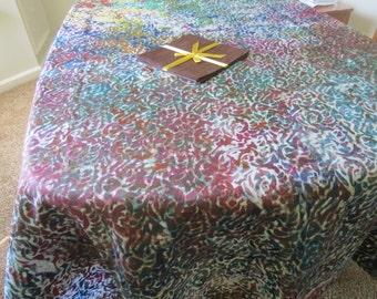 African Batik Tablecloth and Napkin Set (81 x 48 inches), 4 Napkins.