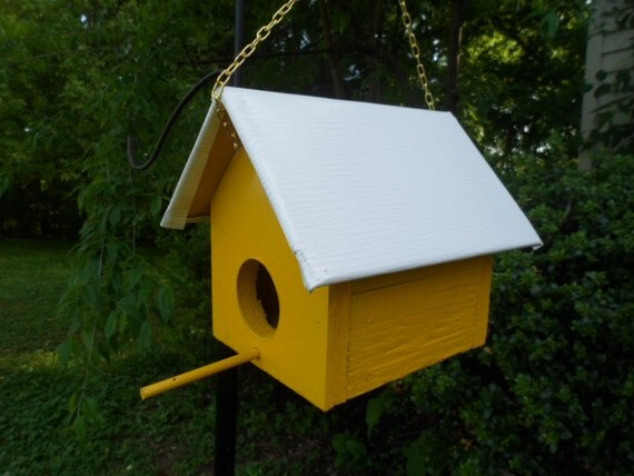 Bright yellow birdhouse garden decor garden accessories for Outdoor decor accessories