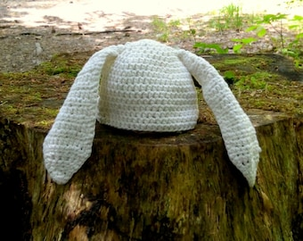 Crochet Newborm Rabbit Yarn Hat (0-3 month)