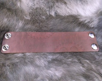 "2"" Leather wrist cuff wristband Steampunk Large Gears Cosplay"