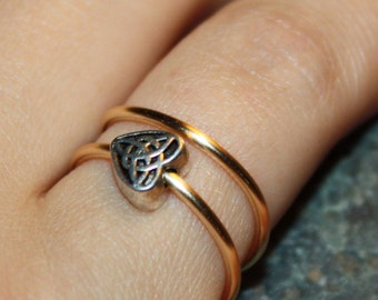 Trinity Knot Heart Stacking Ring - Gift for Her, Sterling Silver Plated Heart, Adjustable Gold Coloured Wire Ring, Bridesmaid Gift