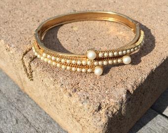Faux Pearls Hinged Bracelet