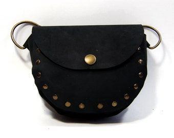 Small bag in leather, Collection of the adventurer, medieval, or steampunk