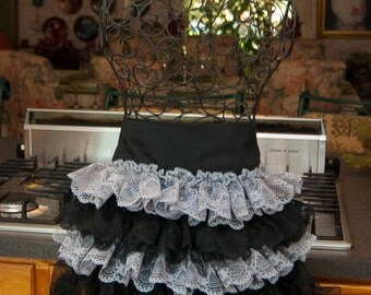 Black and White Lace ruffulled apron