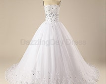 White Luxury Beaded Strapless Lace Cathedral Wedding Dress Ball Gown A-line Bridal Gown Women Wedding Dresses