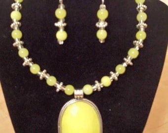 Large Yellow Pendant Necklace - Yellow Earrings - Yellow Necklace - Glass Bead Jewelry Set - Yellow Jewelry Set -Yellow & Silver Jewelry Set