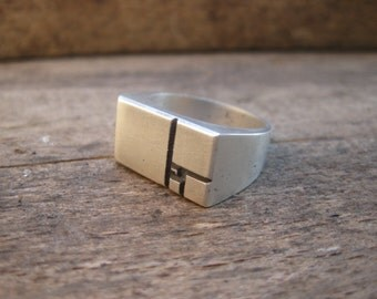Squares - Golden Ratio / Fibonacci Sequence - 3D printed, chunky signet ring in sterling silver. Cast using lost PLA - Handmade in UK