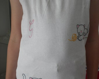 Hand embroidered baby t-shirt with cute kittens