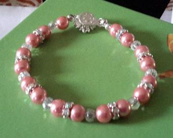 Sale ** Rose pearl bracelet with rhinestone spacers