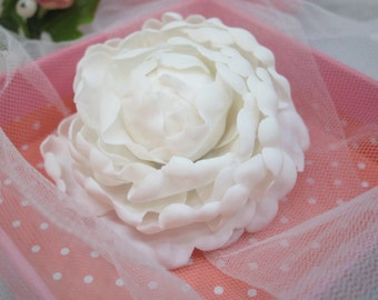 White peony, bridal white peony, wedding peony, peony hair clip, wedding hair peony, flower hair clip, polymer clay flower, hair accessories