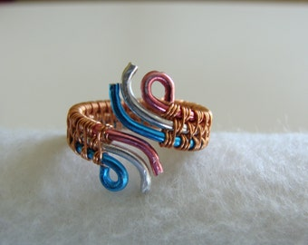 Tri color weaved ring