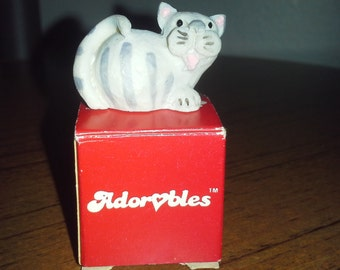 Adorable kitty hand-painted collectable