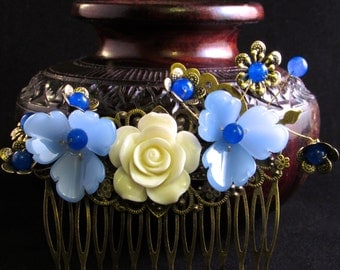 Blue and White Floral Hair Comb