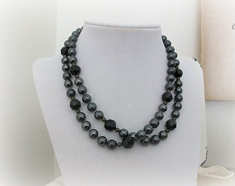 Vintage Glass Bead Necklace Black