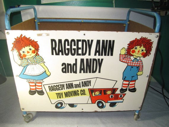 vintage 1978 raggedy ann and andy toy box cart