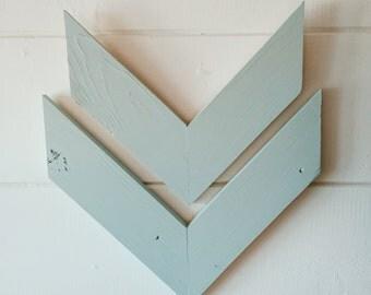 Blue wooden wall arrow set