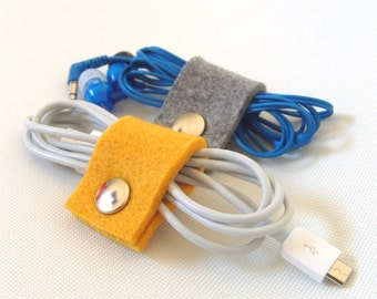 Set of 2 - Earphone and cable organizer/ holder made of felt, yellow & grey
