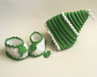 Newborn baby shoes and hat.Crochet shoes and hat for newborn.Crochet baby booties and hat.Handmade baby booties.Baby four leaf clover set.