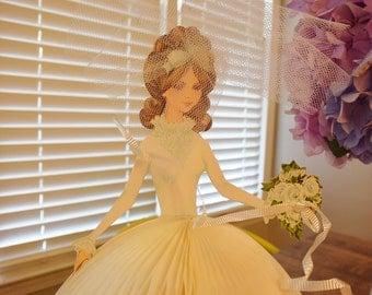 Hallmark Honeycomb Bride Centerpiece