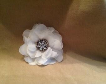 White embellished center flower