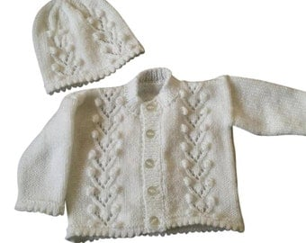 White cardigan and hat set, hand knitted, made to order sizes newborn, 0-3 3-6 and 6-12 months, Newborn baby gift, Baby shower gift