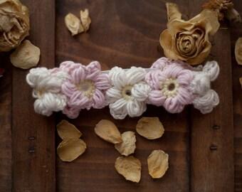 Newborn baby headband crochet photoshoot