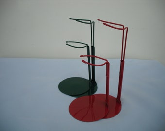 4 x Dollstands for 6.5 to 11 inch Dolls  2 Red and 2 Green suitable for Ginny Doll