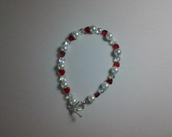 Pearl & Crystal Bracelet