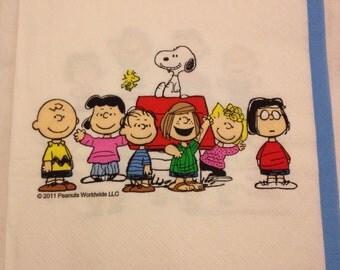 2 Paper Napkins for Decoupage / Decoupage Paper / Decoupage Napkins / Snoopy Napkin / Kids Napkin / Snoopy and friends / Cute Napkin