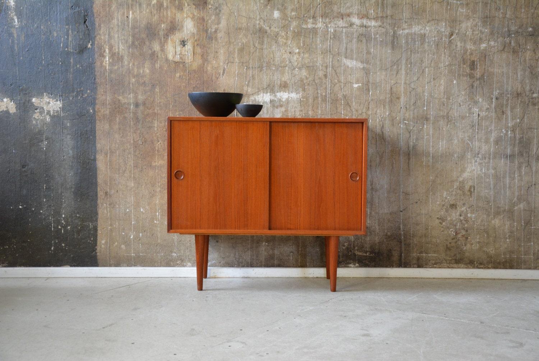 teak kommode retro das beste aus wohndesign und m bel inspiration. Black Bedroom Furniture Sets. Home Design Ideas
