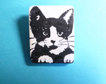 Cat Jewelry, Tuxedo Cat Face Pin Brooch, Pet Lover Gift, Pet Jewelry, Cute Cat Pin, Kitty Face, Black and White, handmade polymer clay