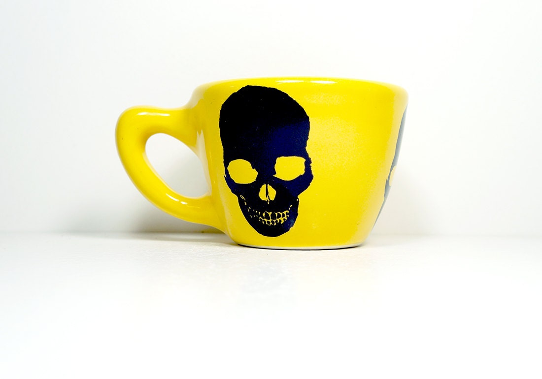12oz cup in lemon yellow with a skull silhouette, made to order / pick your colour