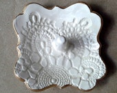 Small Ceramic Lace Ring Holder OFF WHITE