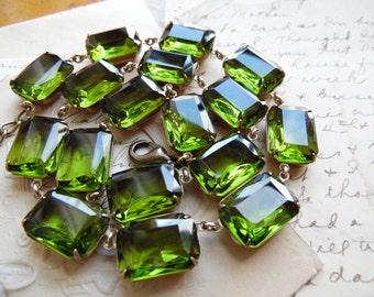 olive green statement necklace, olivine necklace, collet, Anna Wintour necklace, Ralph Lauren, tourmaline necklace.