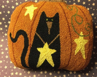 Needle Punch Pillow Primitive Pumpkin Black Cat And Stars