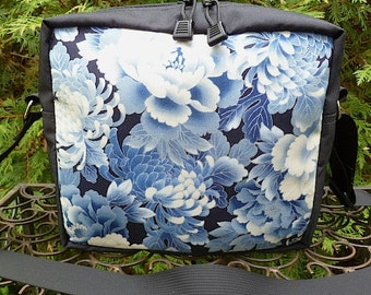 Japanese shoulder bag, zippered cross body bag, cross body bag with pockets, Japanese Mums in Blue The Raccoon Plus